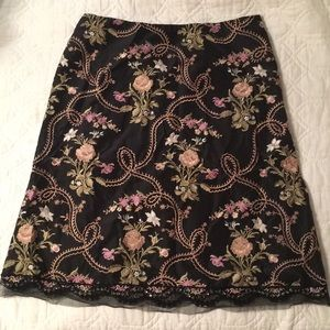 BEAUTIFUL Vintage Express embroidered skirt 8